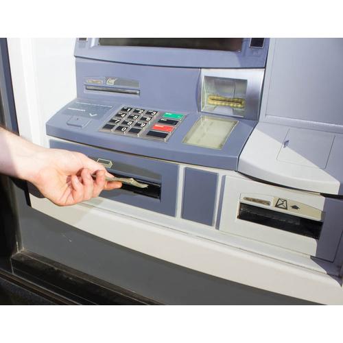 Kas jādara, lai saņemtu no PNB konta neizņemtu VSAA maksājumu