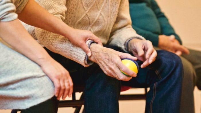 Gandrīz 90 procenti pensiju 2.līmeņa dalībnieku nav izvēlējušies, kam atstāt savu uzkrājumu
