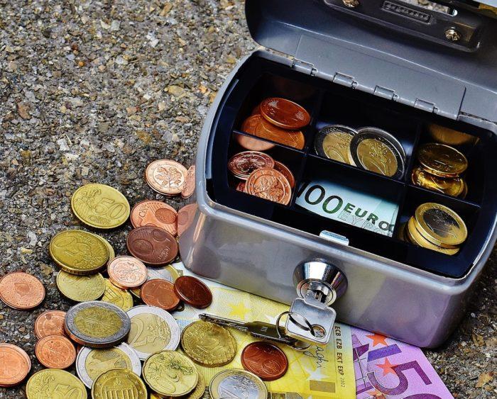 Vai minimālās iemaksas no 1. jūlija ir jāmaksā visiem?