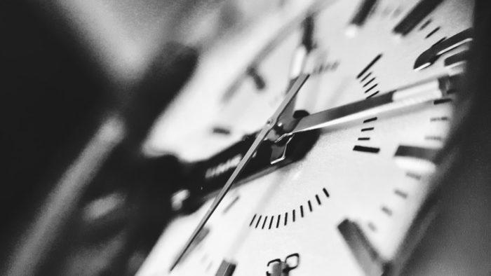 Sestdien notiks pāreja uz ziemas laiku – pulksteņi jāpagriež stundu atpakaļ
