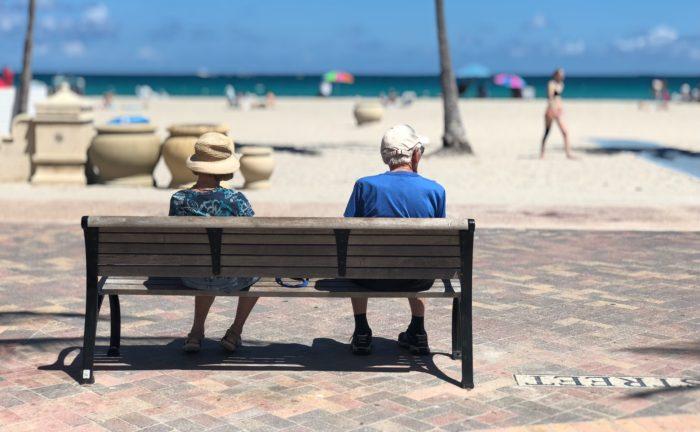 Lielbritānijā dzīvojošie joprojām var saņemt Latvijas pensiju