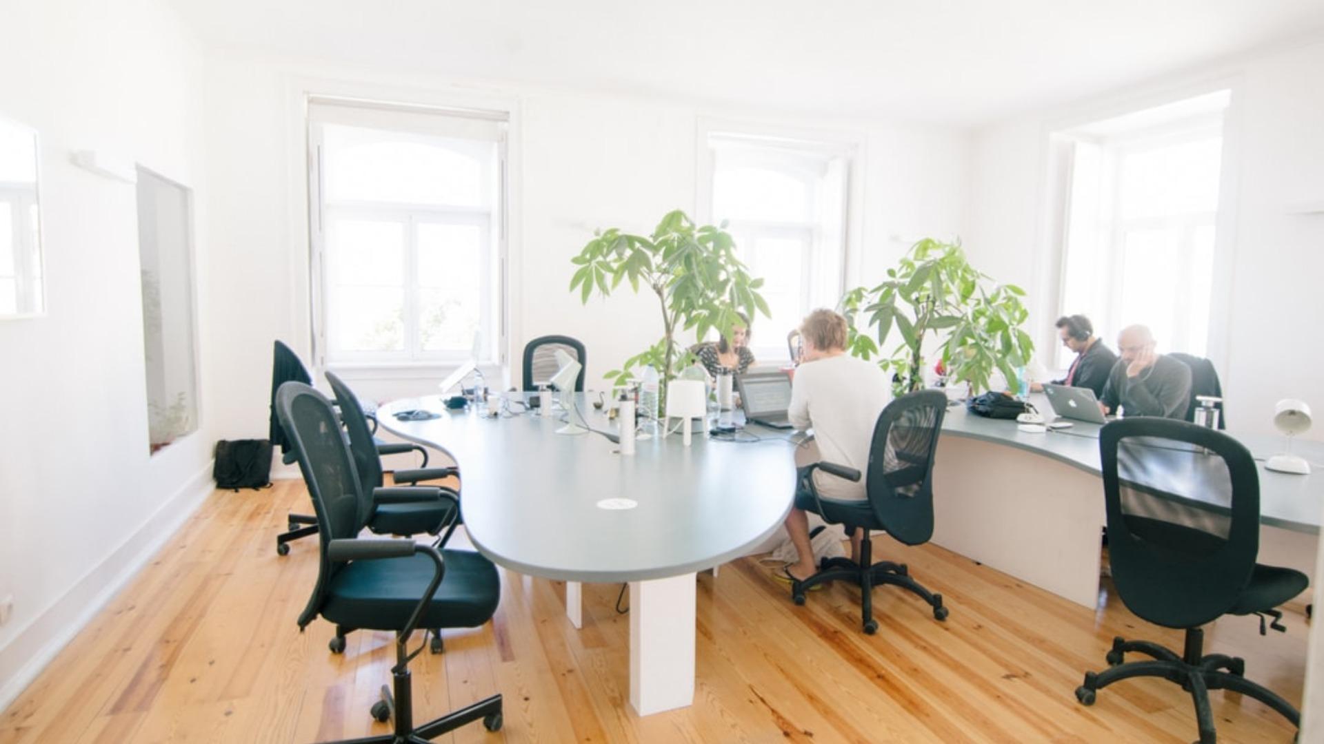 birojs noma telpas īre darbs uzņēmums