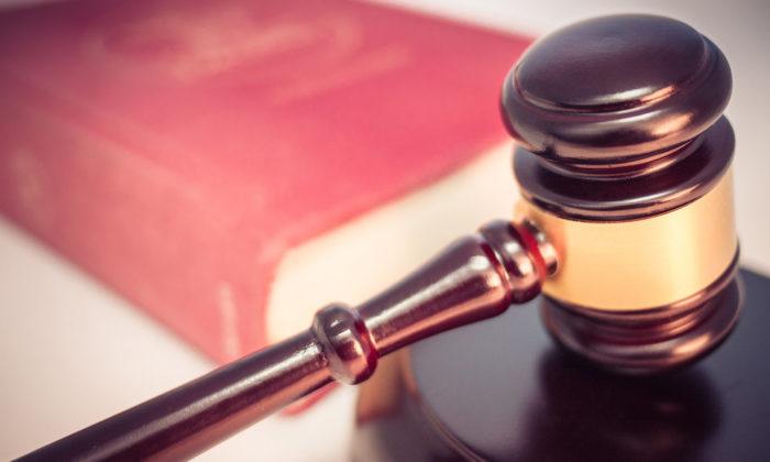 Tiesa atzīst, ka kreditoram ir tiesības vērst savu prasījumu pret dāvinātu nekustamo īpašumu