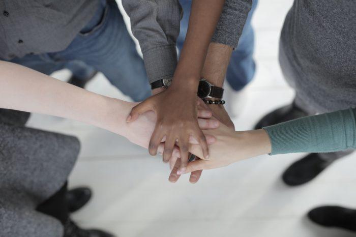 Saeima konceptuāli atbalsta grozījumus Sociālā uzņēmuma likumā