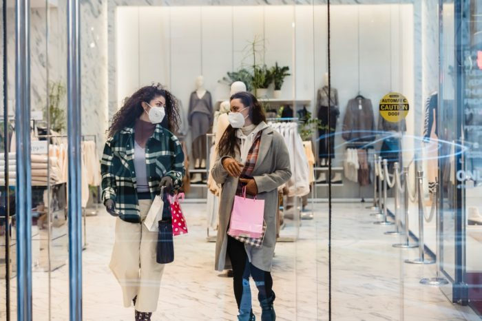 Atsākot veikalu darbu lielajos tirdzniecības centros, jāievēro papildu nosacījumi