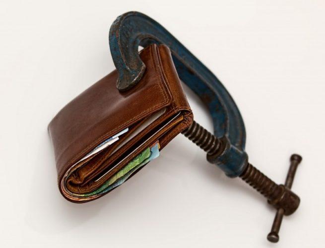 Parādniekiem maksātnespējas bankrota procesā nav jāmaksā trešdaļa no ienākumiem kreditoriem